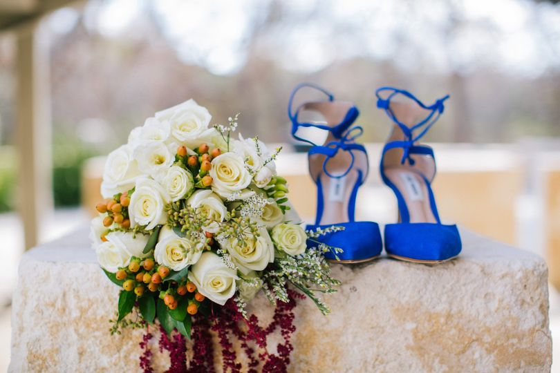 Bouquet and heels | Christina Hastings Photography