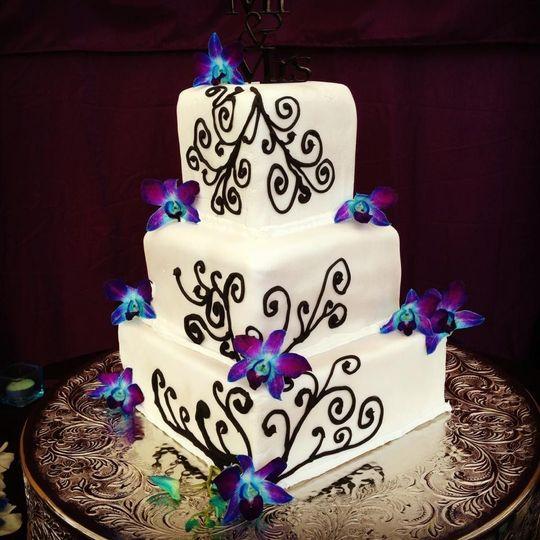 3473ee3b78fff73b 1464267410119 abby wedding cake