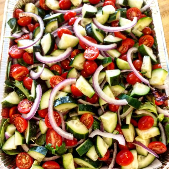 Cucumber, Tomato, red onion house salad