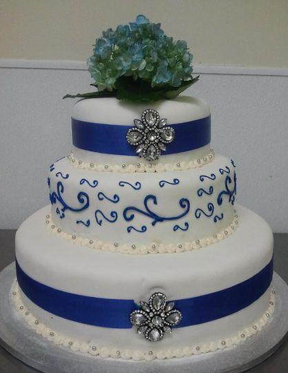 cillies cakes wedding cake houston tx weddingwire. Black Bedroom Furniture Sets. Home Design Ideas
