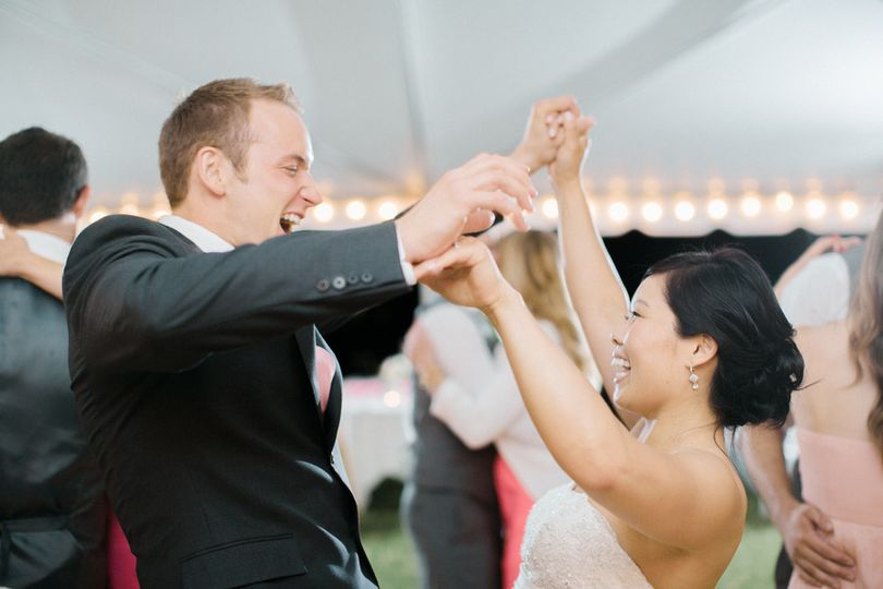 lee edwards entertainment dancing under the tent a
