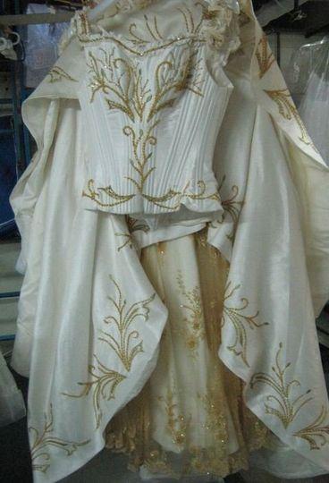 whiteandgolddress