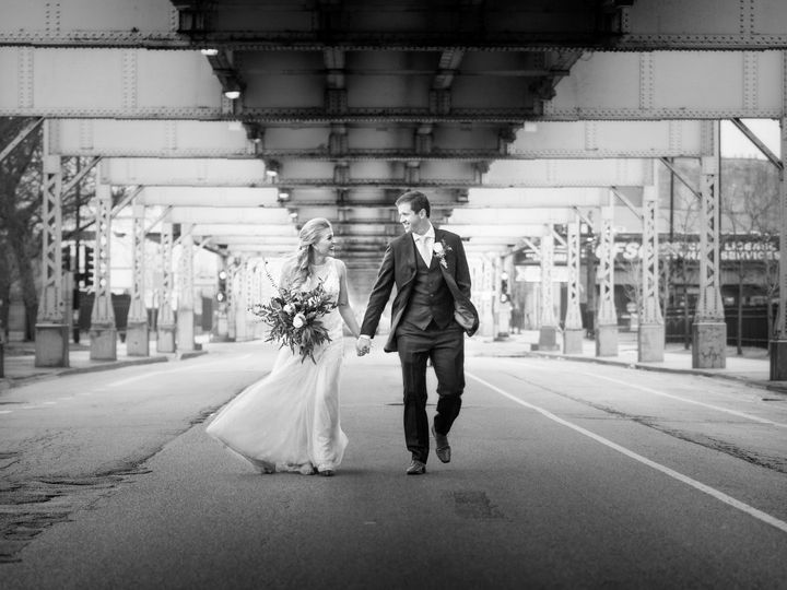 Tmx 1516649083 88bc518424d710e8 1516649040 D7a35e624d254d7e 1516648966497 86  88 Chicago, IL wedding photography