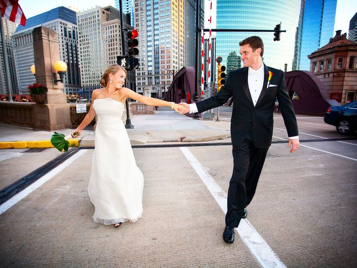 Tmx 1516649102 Ff46685054a1deeb 1516649006 Ee7a2ab2dc18e246 1516648966470 45  45 Chicago, IL wedding photography