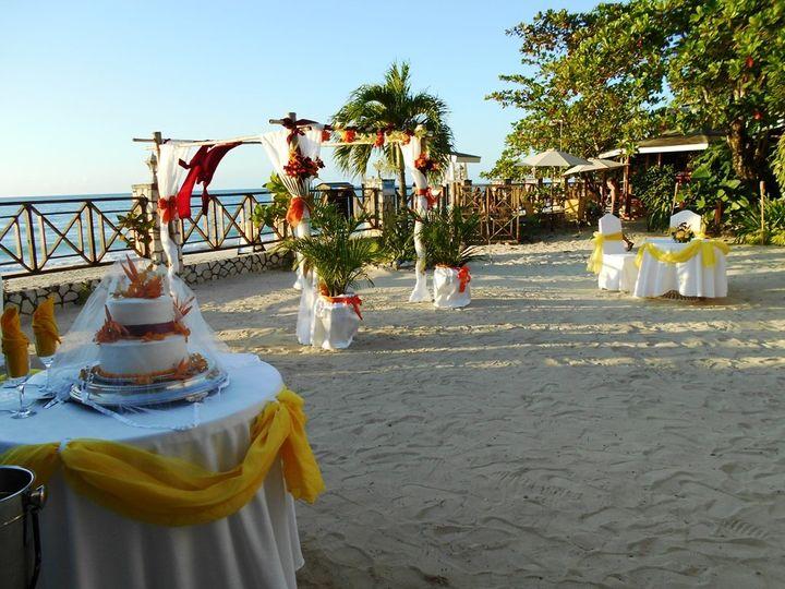 wedding cake canopy flowers 51 734328 v1