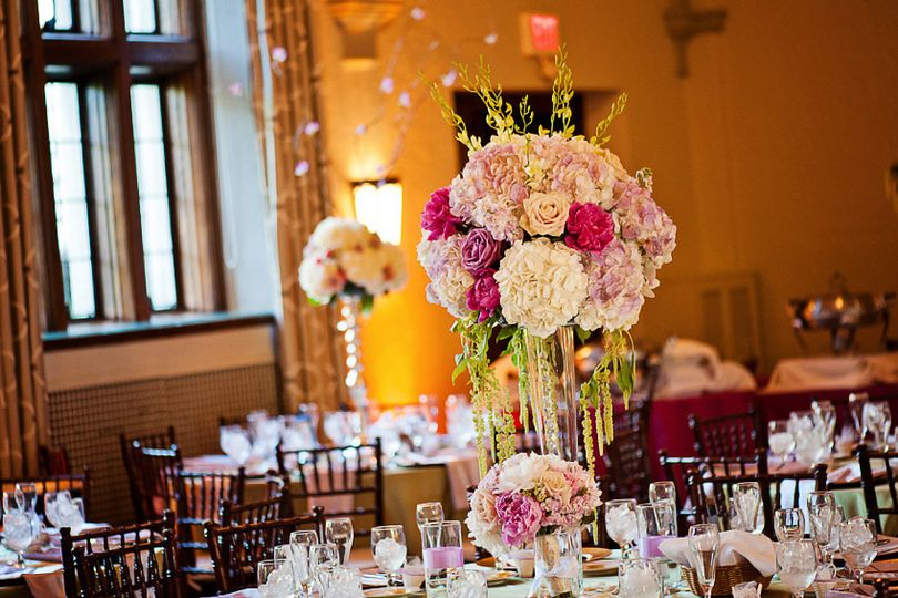 White and lavender centerpiece