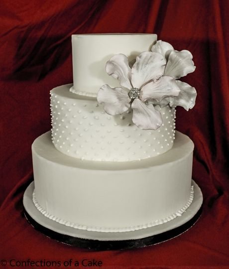 3-tier white wedding cake