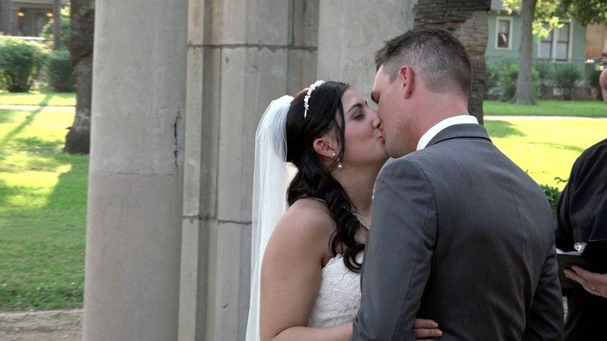 c2519f58ef1e979b 1452635347087 jordan josh wedding