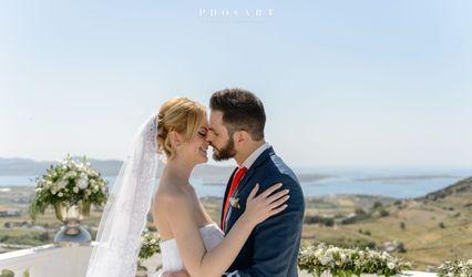 WEDDINGS IN PAROS