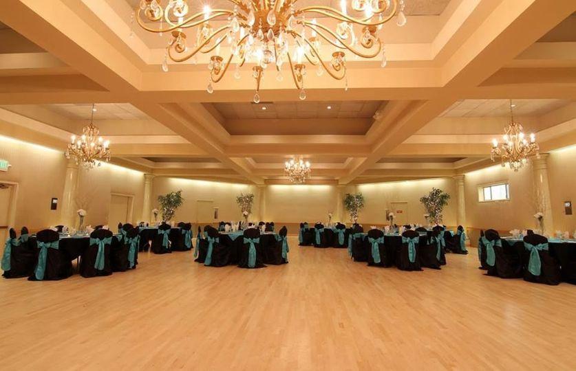 Black and blue reception decor