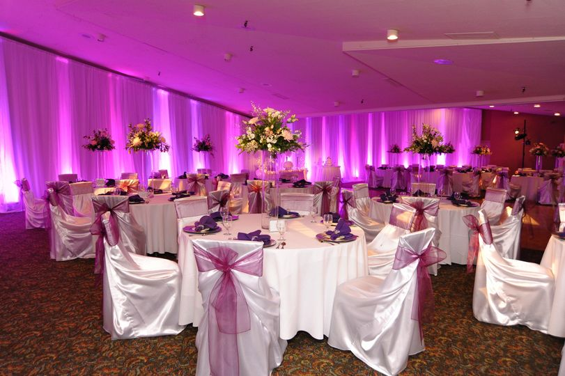 Grand View Ballroom with optional Up lighting
