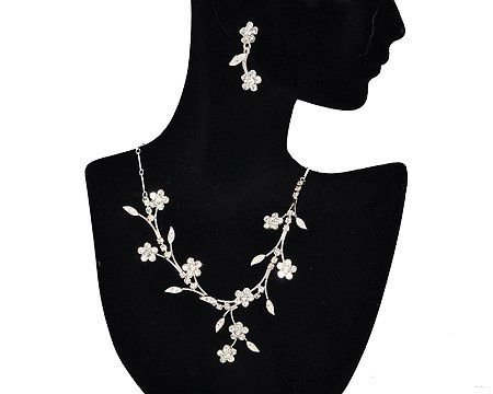 Stunning Flower set  in silver and crystal