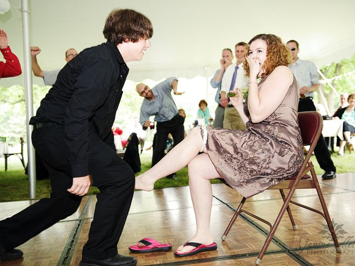 Tmx 1456422396342 Bride Sandi Guests Putting On Leg Bangor, PA wedding venue