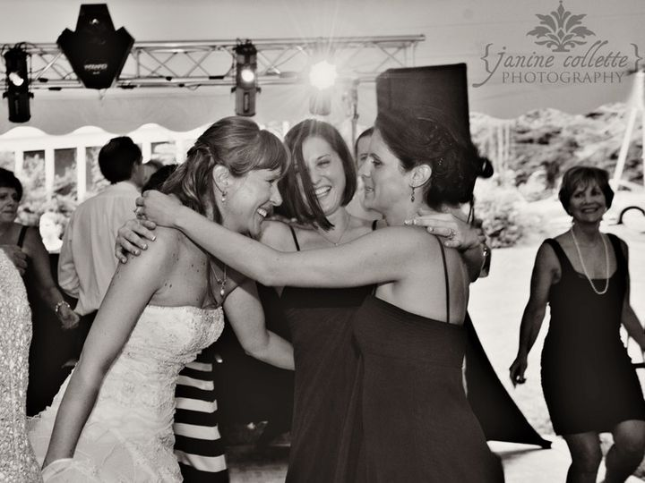 Tmx 1456422501679 Bridge Sandi With Her Bridesmaids Bw On Dance Floo Bangor, PA wedding venue