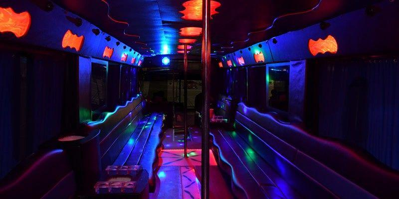 45paxpbus interior 51 998428 1570833074