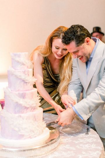 Cake cutting | Perry vaile photography