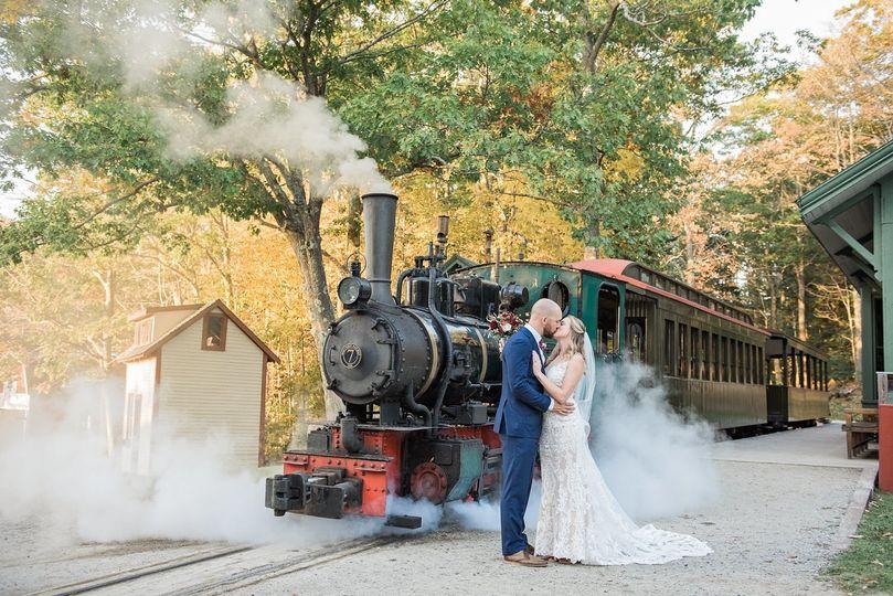 34a00088b705d7fb 1520948822 263b864133607e66 1520948814851 3 Maine Wedding Phot