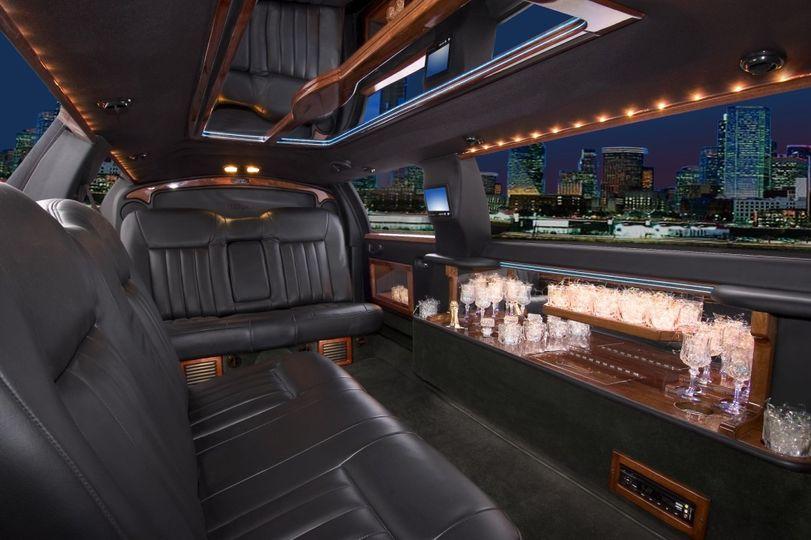 White 8 passenger limousine interior