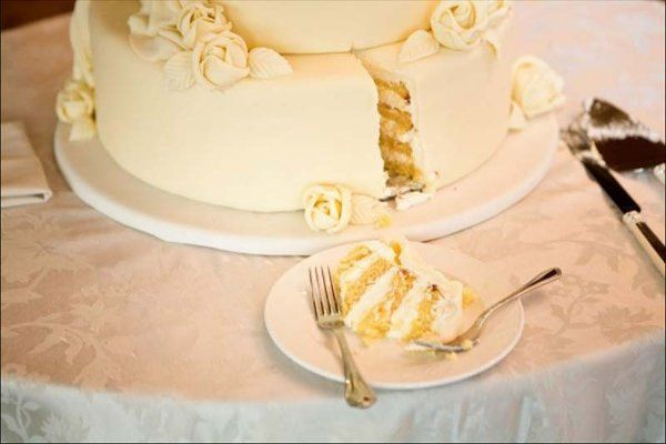 Sliced wedding cake