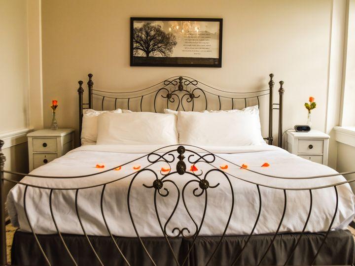 Tmx 2000 Mgs Chestnut Detail Bridalsuite Pedals 3 51 967528 Manheim, PA wedding venue