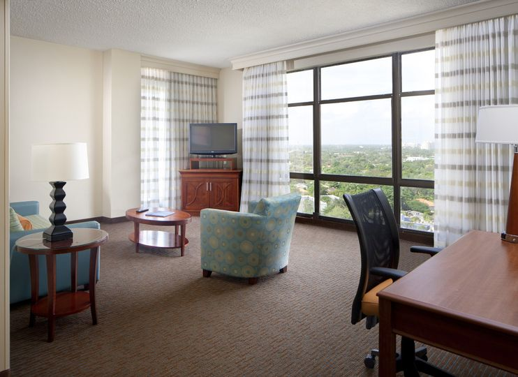 Courtyard by Marriott Coconut Grove lounge