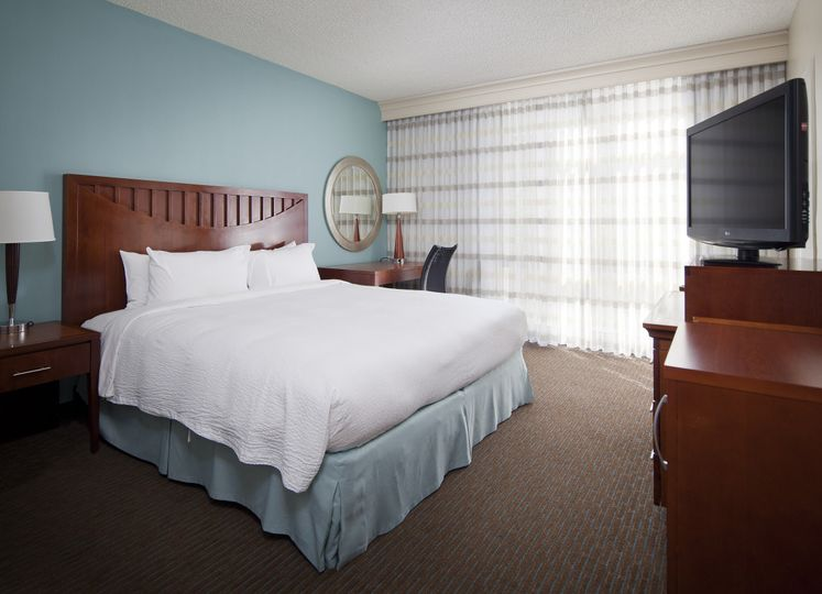 Courtyard by Marriott Coconut Grove room
