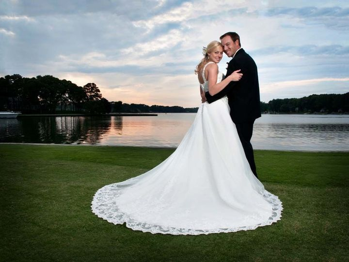 Tmx 1539270237 B48a4e7b6484ec02 1539270235 74316bda9cf62c8d 1539270228856 35 Ford 355 Copy Virginia Beach, VA wedding photography