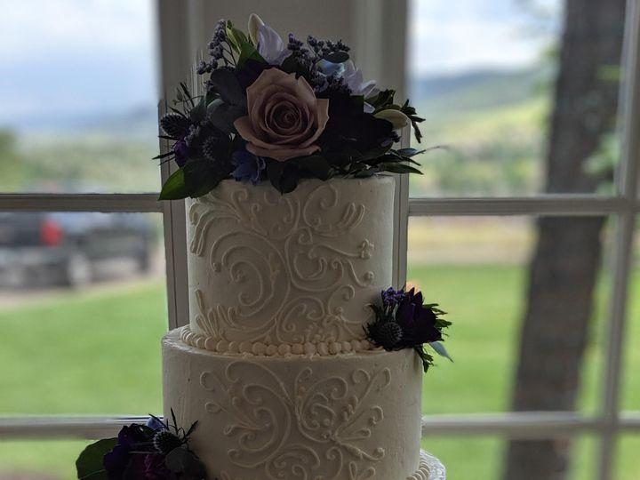 Tmx 00100lportrait 00100 Burst20190629151822797 Cover 51 608628 157845124326861 Broomfield wedding cake