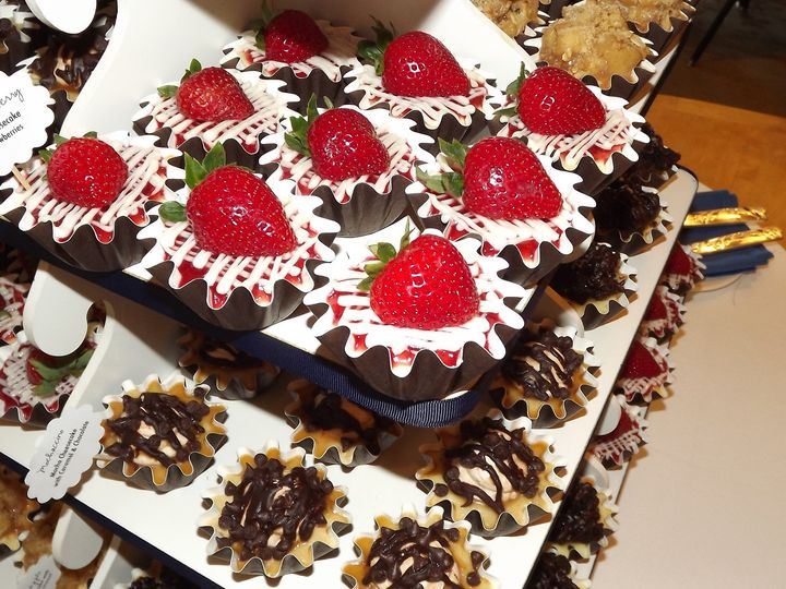 Tmx 1380203484832 Dscf6985 Broomfield wedding cake