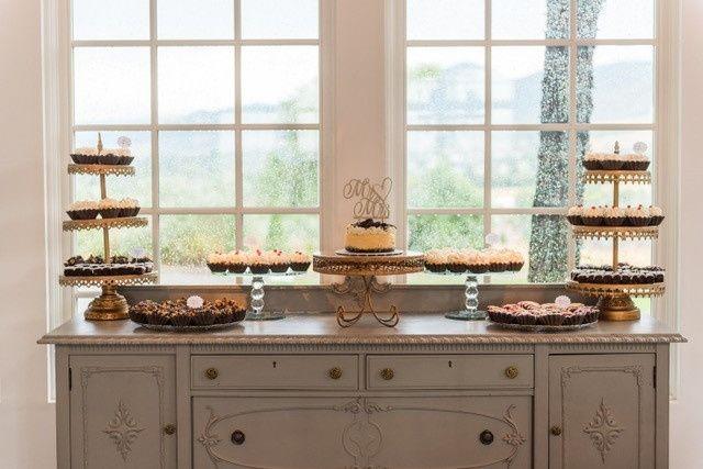 Tmx Allisonperry2 51 608628 157845074347955 Broomfield wedding cake