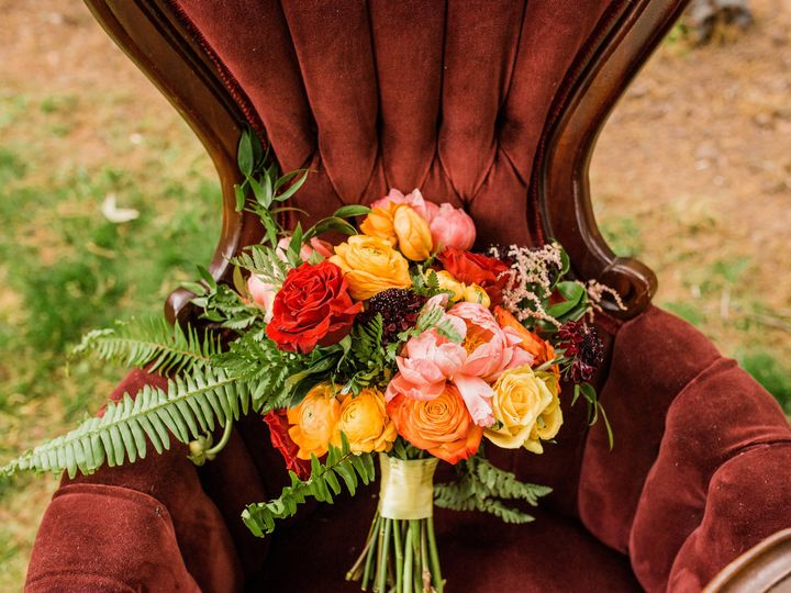 Tmx 1525877138 E751243b7e294ef5 1525877135 5abcfaeb2458e012 1525877133901 4 Bouq InChair Raleigh, NC wedding eventproduction