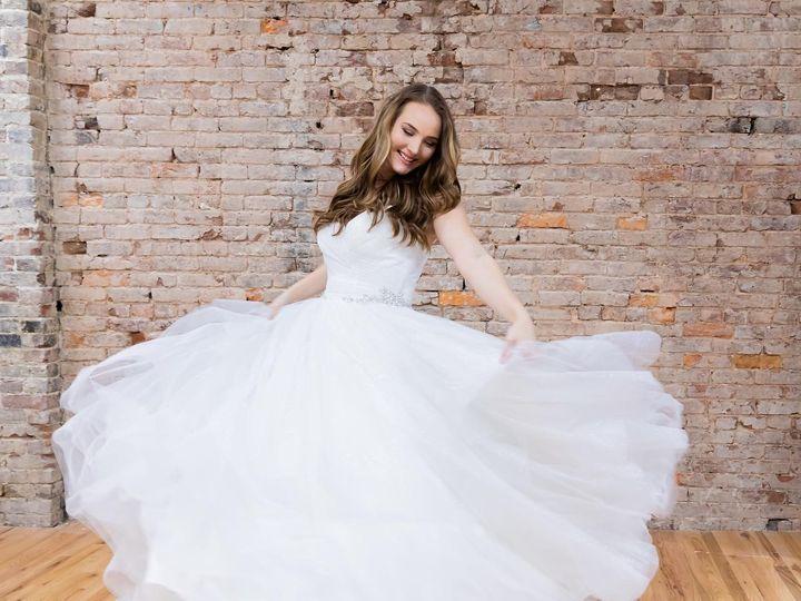 Tmx Weddingwire4 51 979628 158965474118933 Clarksville, TN wedding dress