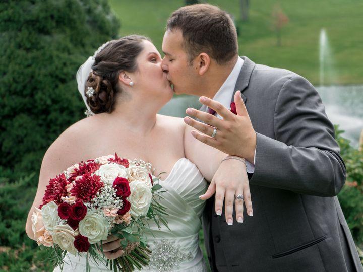 Tmx 1538097358 Af67270205c032d8 1538097355 57a8dab805ac7d50 1538097315511 22 180922 Smashing W Frederick, MD wedding photography