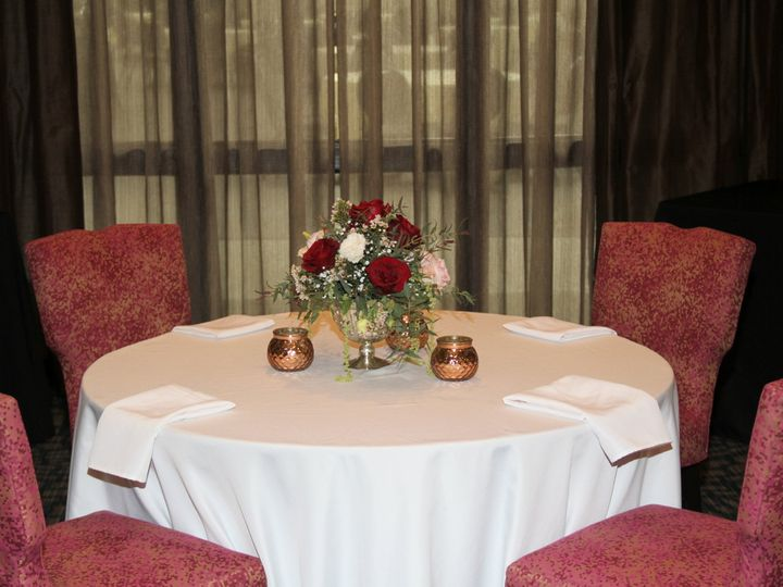 Tmx Table 51 909728 V1 Kingston, NY wedding venue
