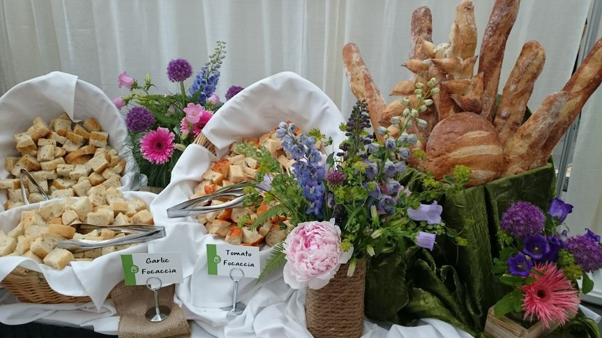 A lovely display of South Union breads and flowers from Winefest 2015