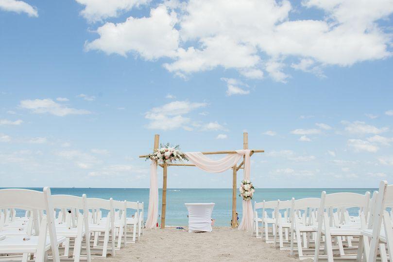 high res beach ceremony 51 92828 1568994485