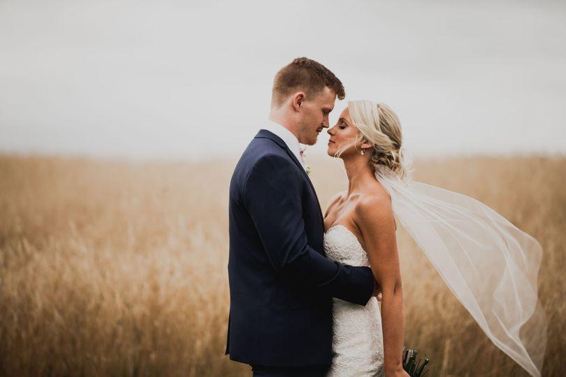 Bucci's Bridal