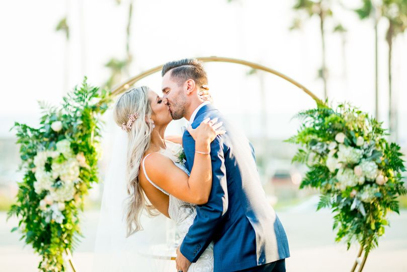 huntington beach orange county southern california romantic fun rustic elegant wedding photographer photography by glass woods media 9 51 950928