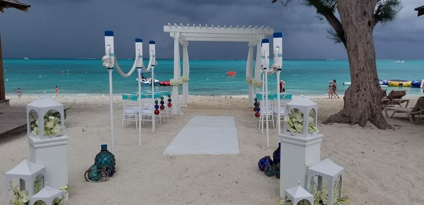 Beaches Turks wedding display