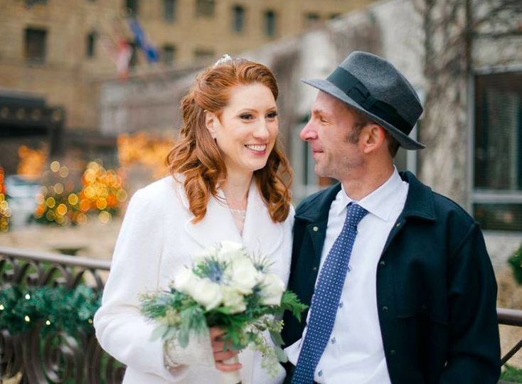 Groom glances at his bride