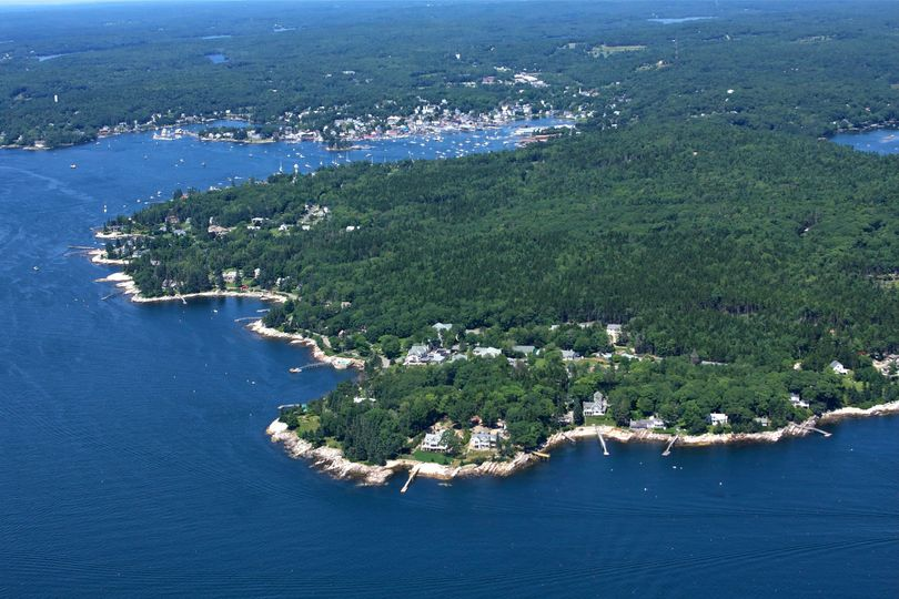 Spruce Point - private peninsula just 2 miles from bustling Boothbay Harbor