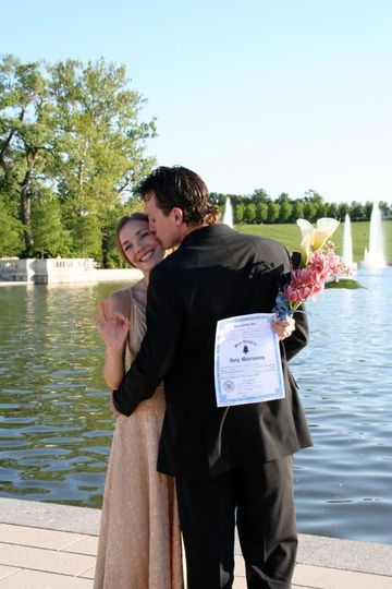 St Louis wedding officiant Rev Sark Elking