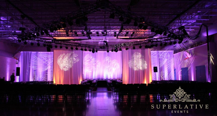 800x800 1393398330096 fashion show lighting marymount universit