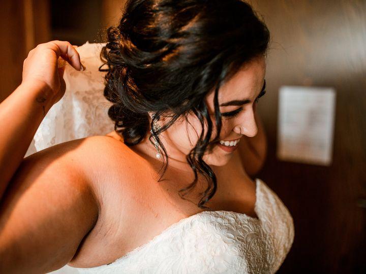 Tmx Courtneymichael 86 51 1004038 Saint Petersburg, FL wedding beauty
