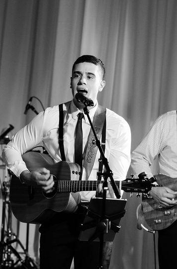 Top wedding Band