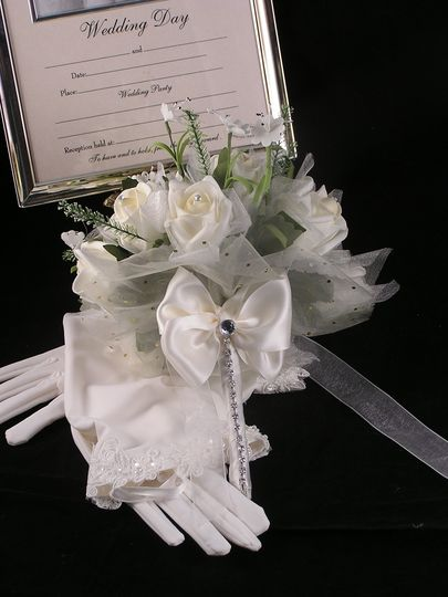 Bespoke Bouquet with Swarovski crystal handle