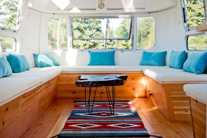 Mobile vip lounge