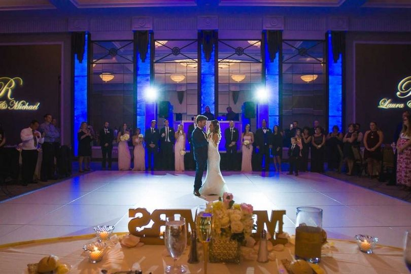 sheraton vf wedding blue lights 51 677038 1562859501