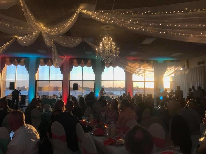Tmx 1529688461 180797e67188de44 1529688460 Ae29ab727823a4b4 1529688455612 8 Sunset Riverfront  Daytona Beach, FL wedding venue