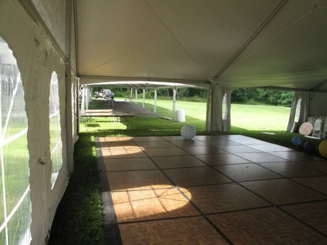 Tent and floor